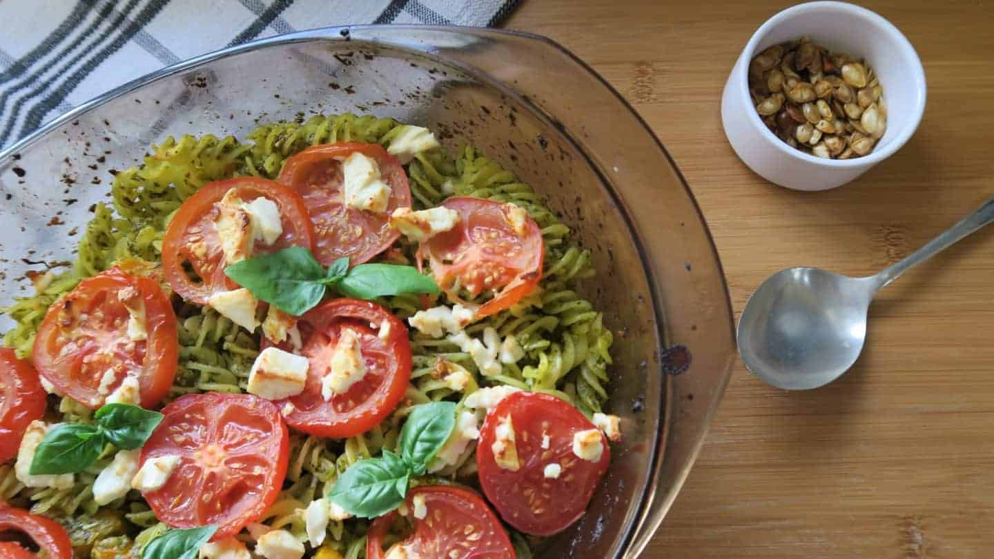 Recipe: Roasted butternut squash and spinach pesto pasta bake