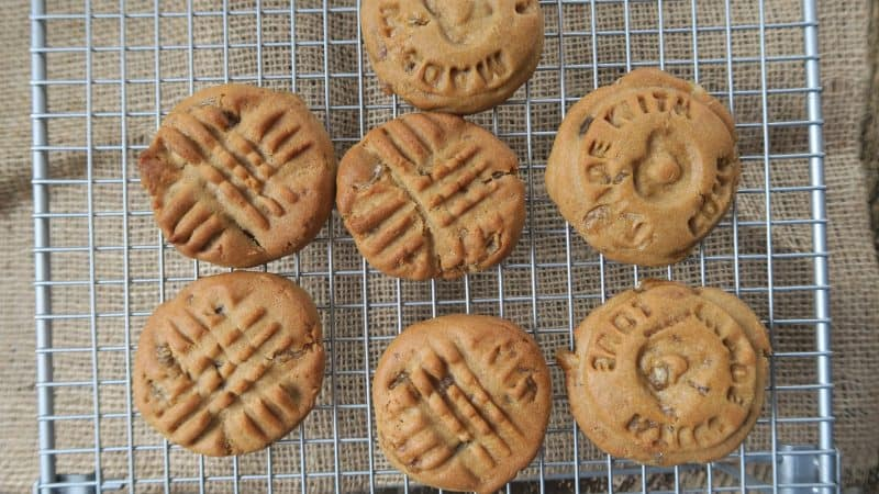 july favourites GLUTEN FREE ANGELS AND COOKIES GINGER DOUGH 1