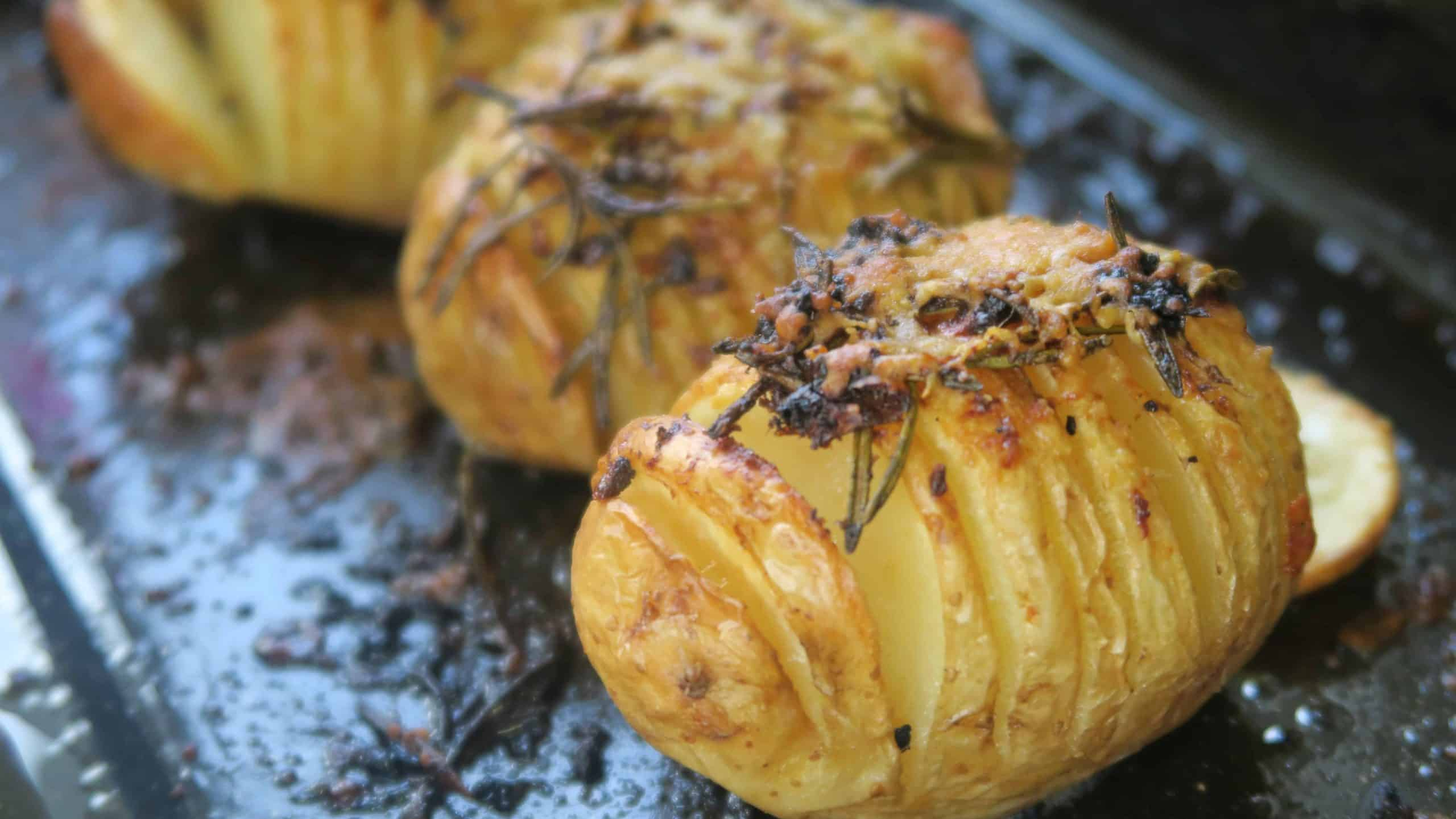 GLUTEN FREE HASSELBACK POTATOES GARLIC ROSEMARY