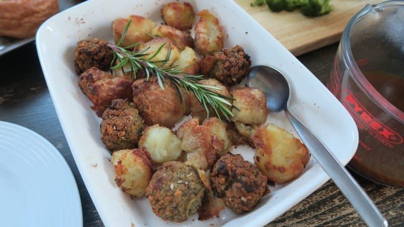 GLUTEN FREE ROAST DINNER YORKSHIRE PUDDING CO 40