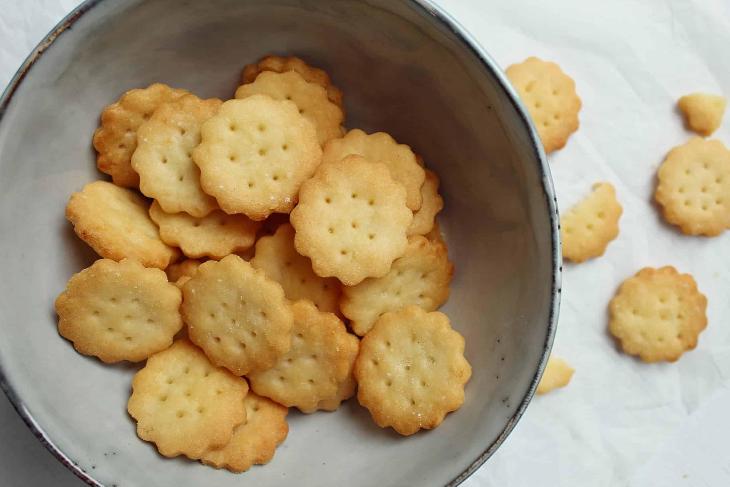GLUTEN FREE MINI CHEDDARS CHEESE RITZ CRACKER RECIPE 131