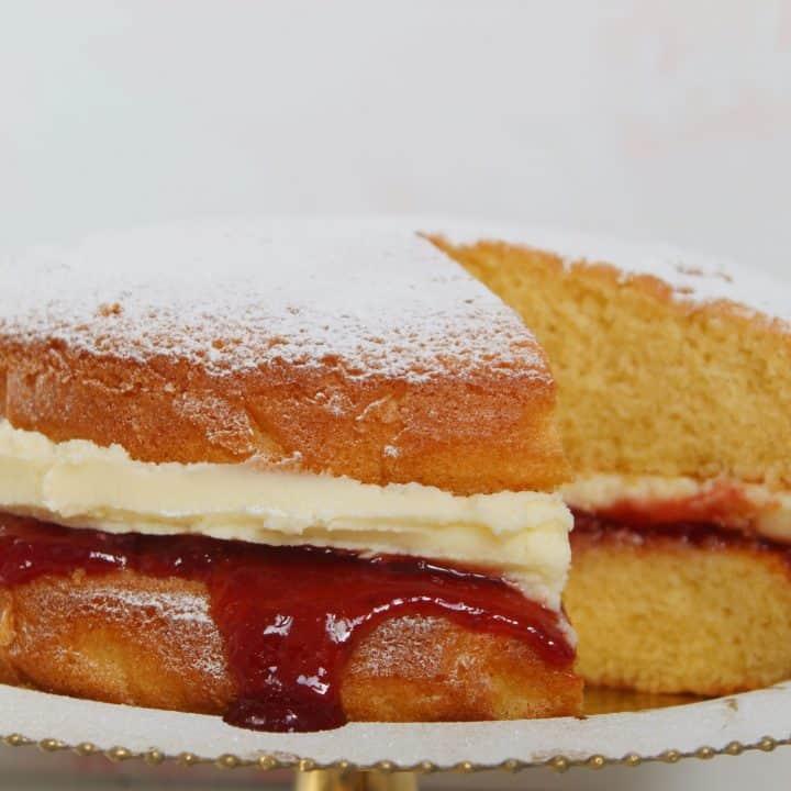 gluten free victoria sponge cake recipe